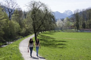 two girls waling in eating disorder recovery